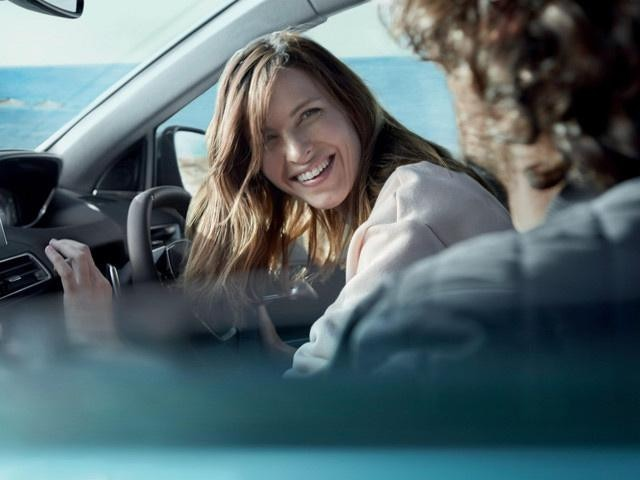 /image/37/6/new-5008-suv-comfort-interior.350376.jpg