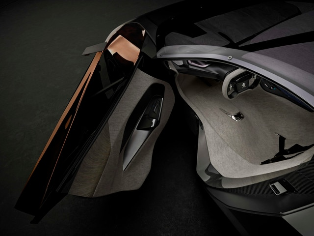 /image/49/5/peugeot-onyx-concept-interior-2-640.44341.353495.jpg